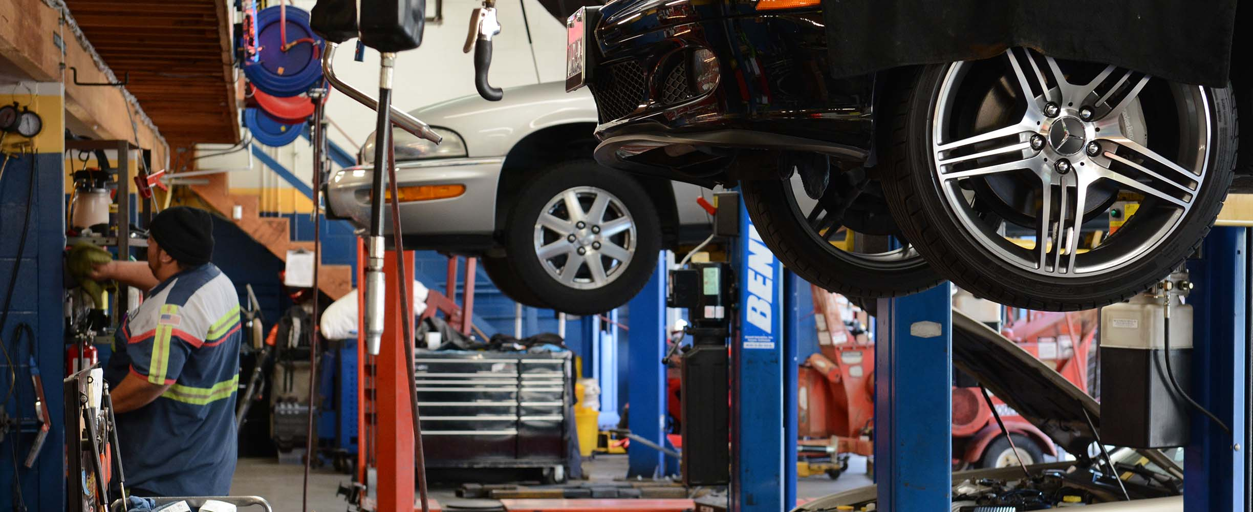 Auto repair shop with over 20 years of experience in Mountain View, California.